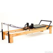 Aparelho de Pilates Reformer Classic Reabilitação e Fortalecimento - Arktus